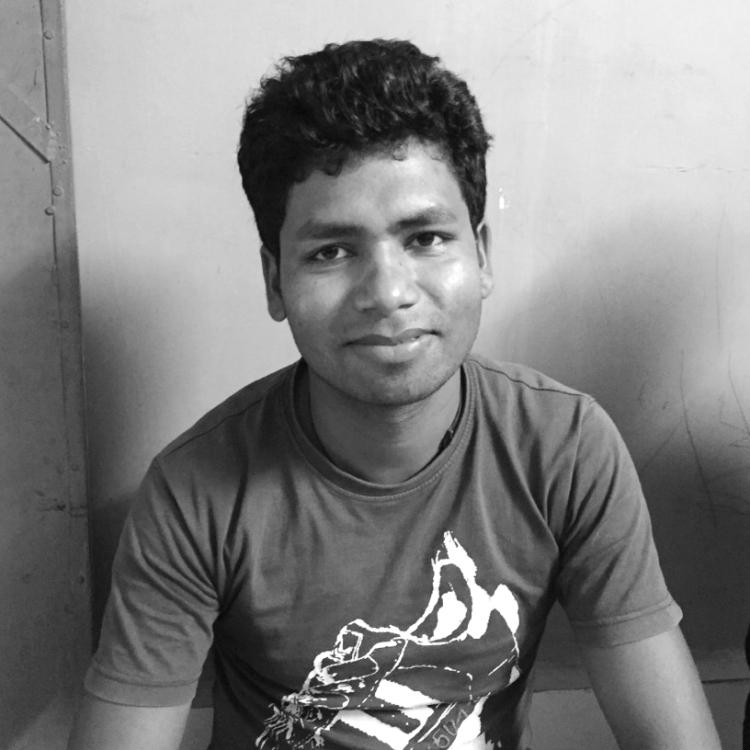 Dwarka Paraste
