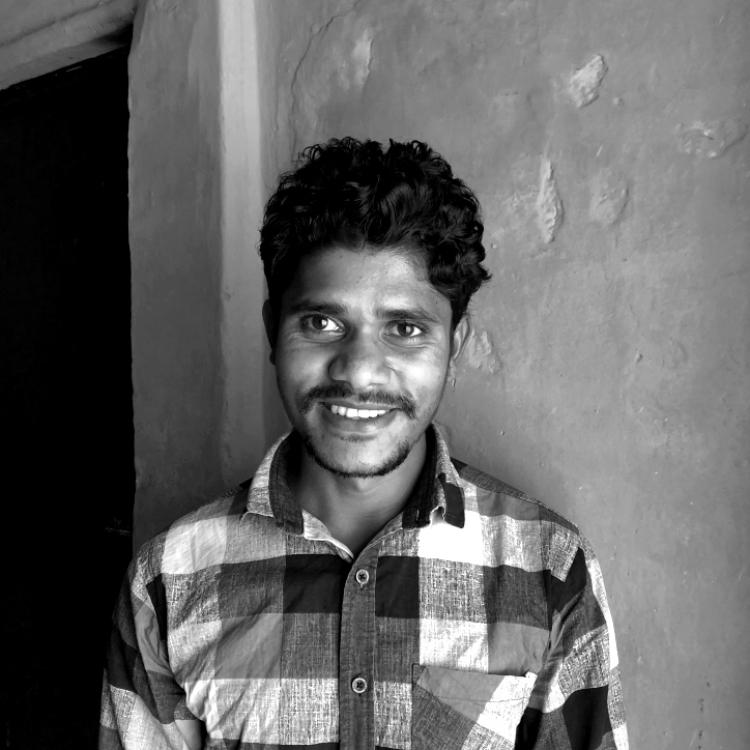 Shravan Paraste